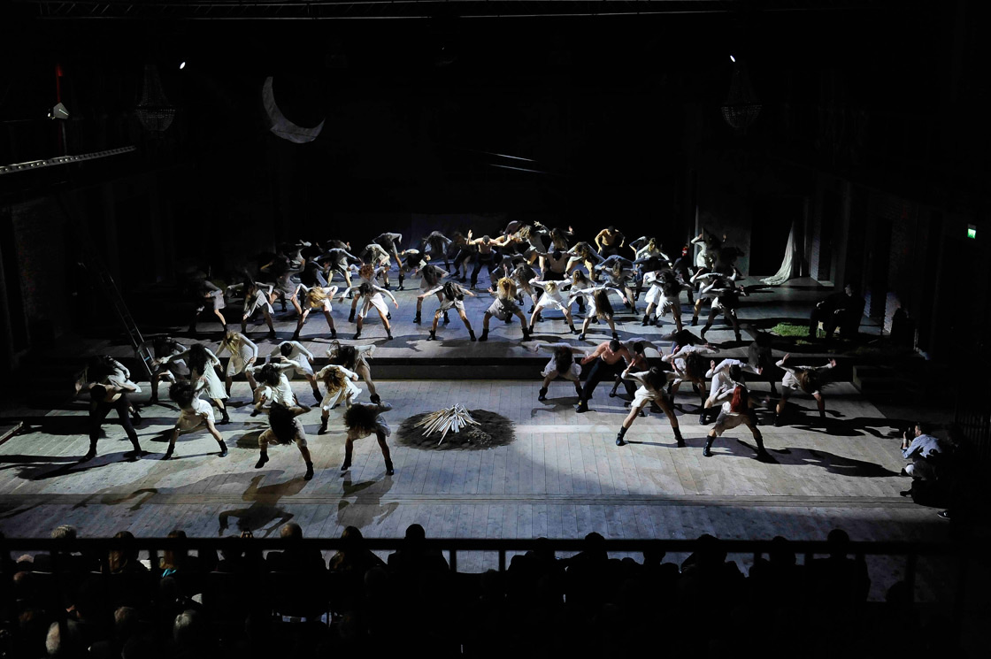 Il palco della Sala Grande in occasione dell'evento organizzato da MontBlanc