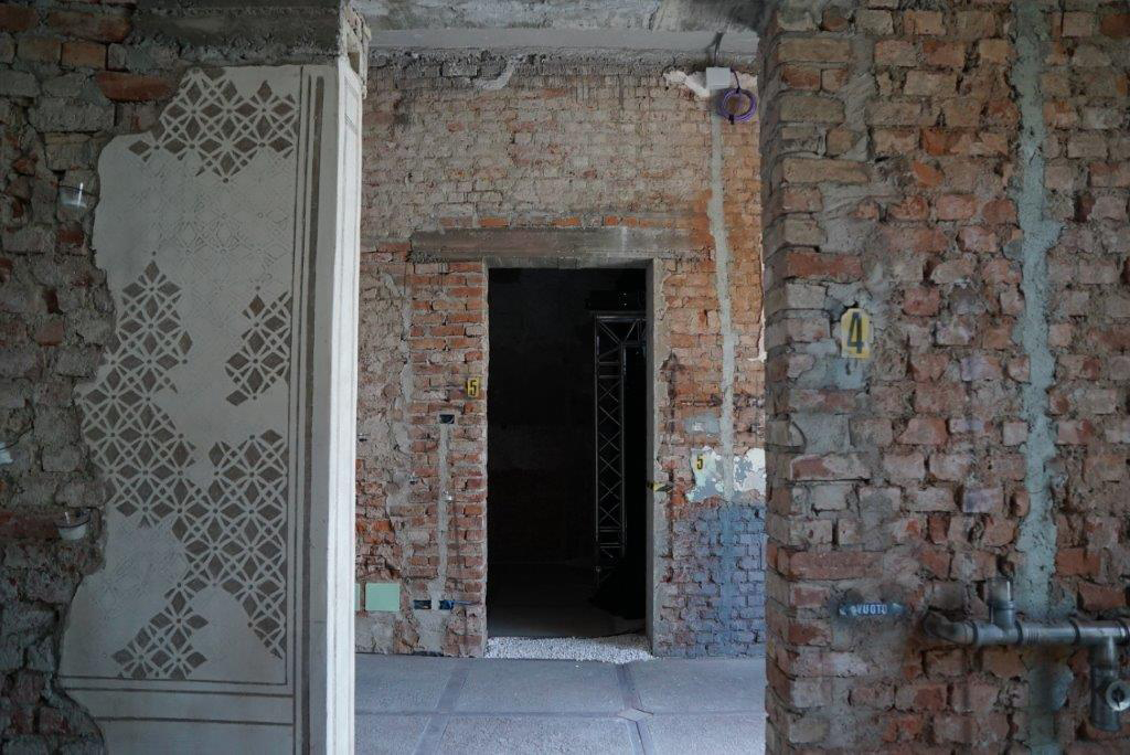 Gli interni della palazzina